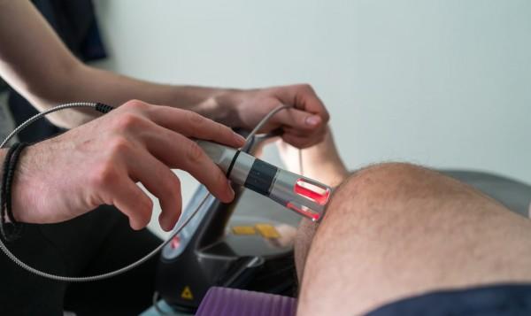 lasertherapie-kniegelenk